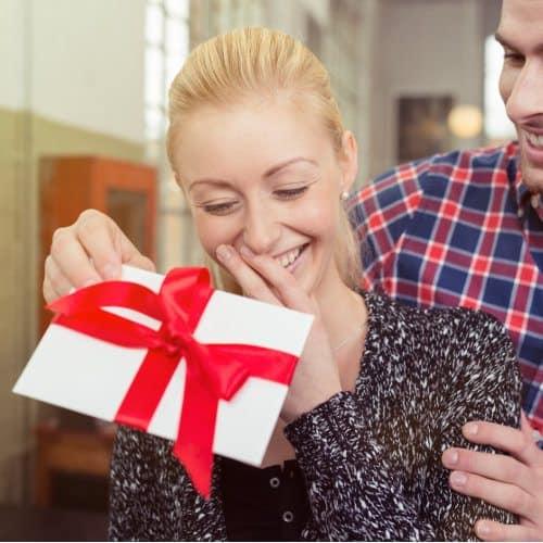Gift Voucher Her Suprise